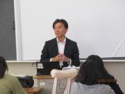 篠田東京外国語大学教授
